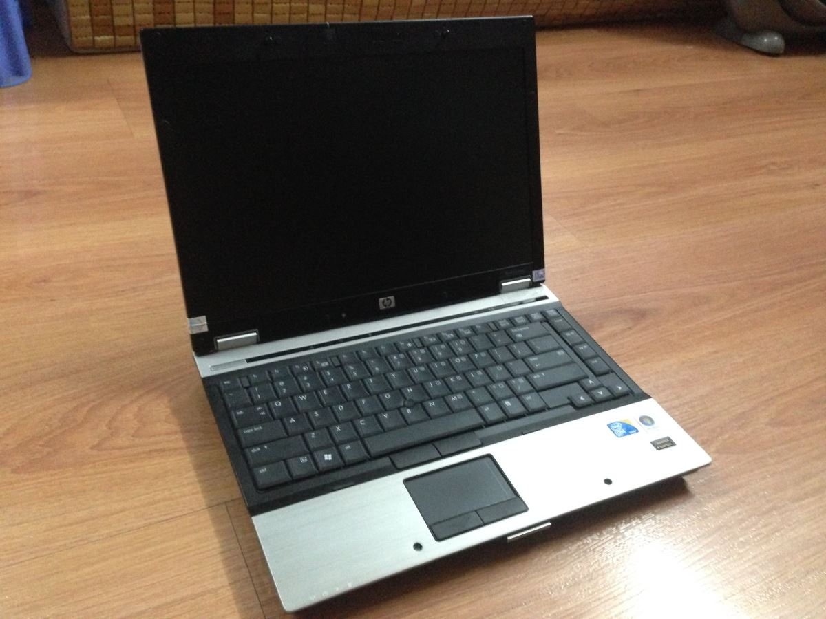 HP Elitebook 2540p i7 620lM